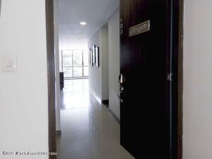 Apartamento En Ventaen Cajica, La Estacion, Colombia, CO RAH: 22-268