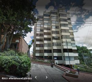 Apartamento En Ventaen Bogota, El Refugio, Colombia, CO RAH: 22-273