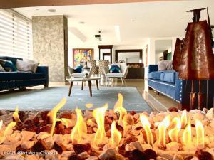 Apartamento En Arriendoen Bogota, Multicentro, Colombia, CO RAH: 22-275