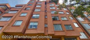 Apartamento En Ventaen Bogota, Pasadena, Colombia, CO RAH: 22-281