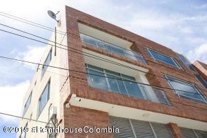 Oficina En Arriendoen Cajica, Vereda Canelon, Colombia, CO RAH: 22-328