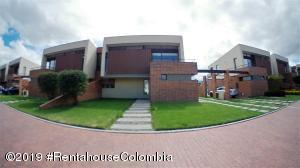 Casa En Ventaen Cajica, Calahorra, Colombia, CO RAH: 22-332