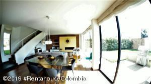 Casa En Ventaen Cajica, Vereda Calahorra, Colombia, CO RAH: 22-334