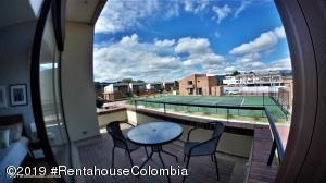 Casa En Ventaen Cajica, Vereda Calahorra, Colombia, CO RAH: 22-335
