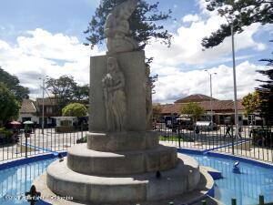 Local Comercial En Ventaen Chia, Sabana Centro, Colombia, CO RAH: 22-360