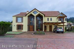 Casa En Ventaen Sopo, Hato Grande, Colombia, CO RAH: 22-363