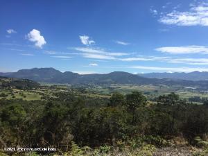 Terreno En Ventaen Chia, Yerbabuena, Colombia, CO RAH: 22-399