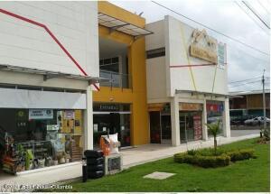 Local Comercial En Ventaen Briceño, Cerro Fuerte, Colombia, CO RAH: 22-457