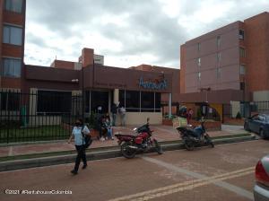 Apartamento En Ventaen Zipaquira, Rincon Del Zipa, Colombia, CO RAH: 22-592
