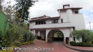 Casa En Ventaen Bogota, Club Los Lagartos, Colombia, CO RAH: 22-500