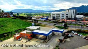 Terreno En Ventaen Cajica, Vereda Chuntame, Colombia, CO RAH: 22-518