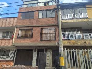Apartamento En Ventaen Medellin, Las Playas, Colombia, CO RAH: 22-520