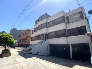 Apartamento En Ventaen Bogota, Santa Bárbara, Colombia, CO RAH: 22-534