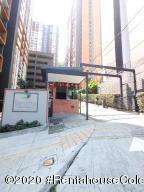 Apartamento En Ventaen Medellin, Rodeo Alto, Colombia, CO RAH: 22-538