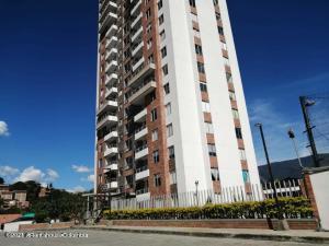 Apartamento En Ventaen Medellin, Guayabalia, Colombia, CO RAH: 22-552
