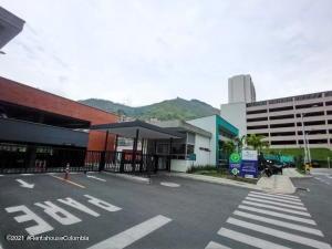Apartamento En Ventaen Medellin, La Loma De Los Bernal, Colombia, CO RAH: 22-553