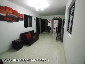 Casa En Ventaen Medellin, Santa Fe, Colombia, CO RAH: 22-571
