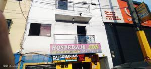Local Comercial En Ventaen Medellin, Caribe, Colombia, CO RAH: 22-578