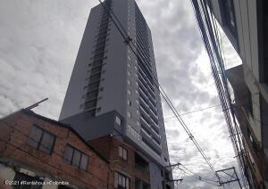 Apartamento En Ventaen Bello, Prado, Colombia, CO RAH: 22-607