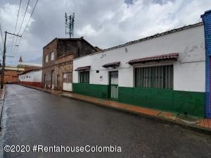 Casa En Ventaen Bogota, La Candelaria, Colombia, CO RAH: 22-615