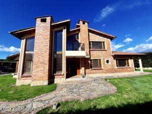 Casa En Ventaen Chia, La Balsa, Colombia, CO RAH: 22-616