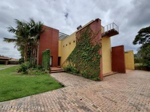 Casa En Ventaen Chia, La Balsa, Colombia, CO RAH: 22-617