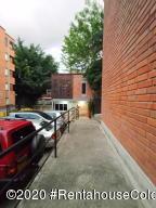 Apartamento En Ventaen Itagui, Entre Colinas Ii, Colombia, CO RAH: 22-625