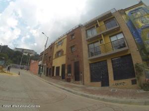 Apartamento En Arriendoen Bogota, La Candelaria, Colombia, CO RAH: 22-627