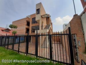 Apartamento En Arriendoen Chia, 20 De Julio, Colombia, CO RAH: 22-628
