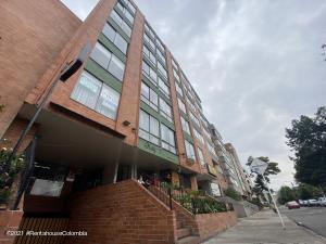Apartamento En Arriendoen Bogota, Marly, Colombia, CO RAH: 22-632