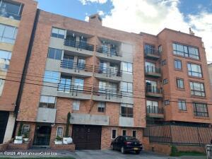 Apartamento En Arriendoen Bogota, Pasadena, Colombia, CO RAH: 22-659