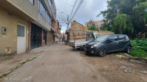Terreno En Ventaen Bogota, San Antonio Norte, Colombia, CO RAH: 22-2