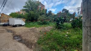 Terreno En Ventaen Bogota, San Antonio Norte, Colombia, CO RAH: 22-13