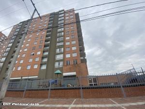 Apartamento En Arriendoen Bogota, Gilmar, Colombia, CO RAH: 22-645