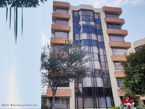 Apartamento En Arriendoen Bogota, Belmira, Colombia, CO RAH: 22-667