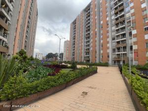 Apartamento En Arriendoen Bogota, Castilla, Colombia, CO RAH: 22-692