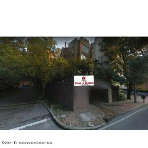 Apartamento En Ventaen Bogota, Los Rosales, Colombia, CO RAH: 22-693
