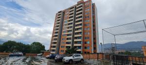 Apartamento En Ventaen Envigado, Senorial, Colombia, CO RAH: 22-716
