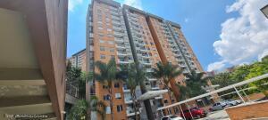 Apartamento En Ventaen Envigado, Senorial, Colombia, CO RAH: 22-717