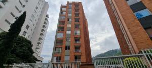Apartamento En Ventaen Medellin, Pilarica Ii, Colombia, CO RAH: 22-720