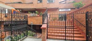 Apartamento En Ventaen Medellin, Centro La Candelaria, Colombia, CO RAH: 22-722