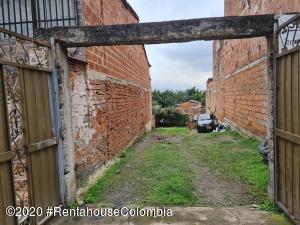Terreno En Ventaen Medellin, Robledo, Colombia, CO RAH: 22-733