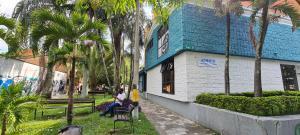 Consultorio En Ventaen Medellin, Laureles, Colombia, CO RAH: 22-737