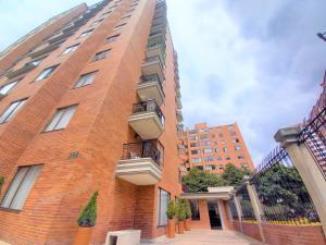 Apartamento En Ventaen Bogota, Lagos De Córdoba, Colombia, CO RAH: 22-754