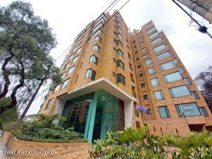 Apartamento En Ventaen Bogota, La Cabrera, Colombia, CO RAH: 22-755