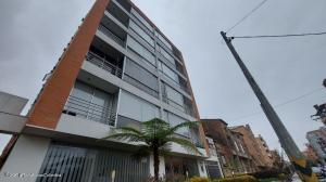 Apartamento En Arriendoen Bogota, Santa Bárbara, Colombia, CO RAH: 22-780