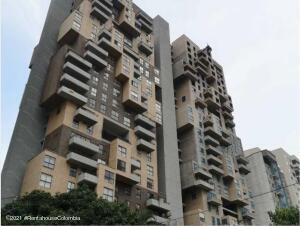 Apartamento En Ventaen Sabaneta, Las Lomitas, Colombia, CO RAH: 22-768