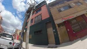 Local Comercial En Arriendoen Bogota, Centenario, Colombia, CO RAH: 22-771