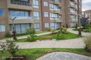 Apartamento En Ventaen Cajica, Vereda Canelon, Colombia, CO RAH: 22-775