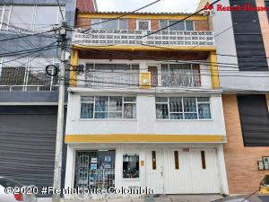 Casa En Ventaen Bogota, La Trinidad, Colombia, CO RAH: 22-784